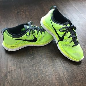 Nike Flyknit One+ Womens Running Shoes - Size 9